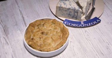 Pie di gorgonzola con speck e pere